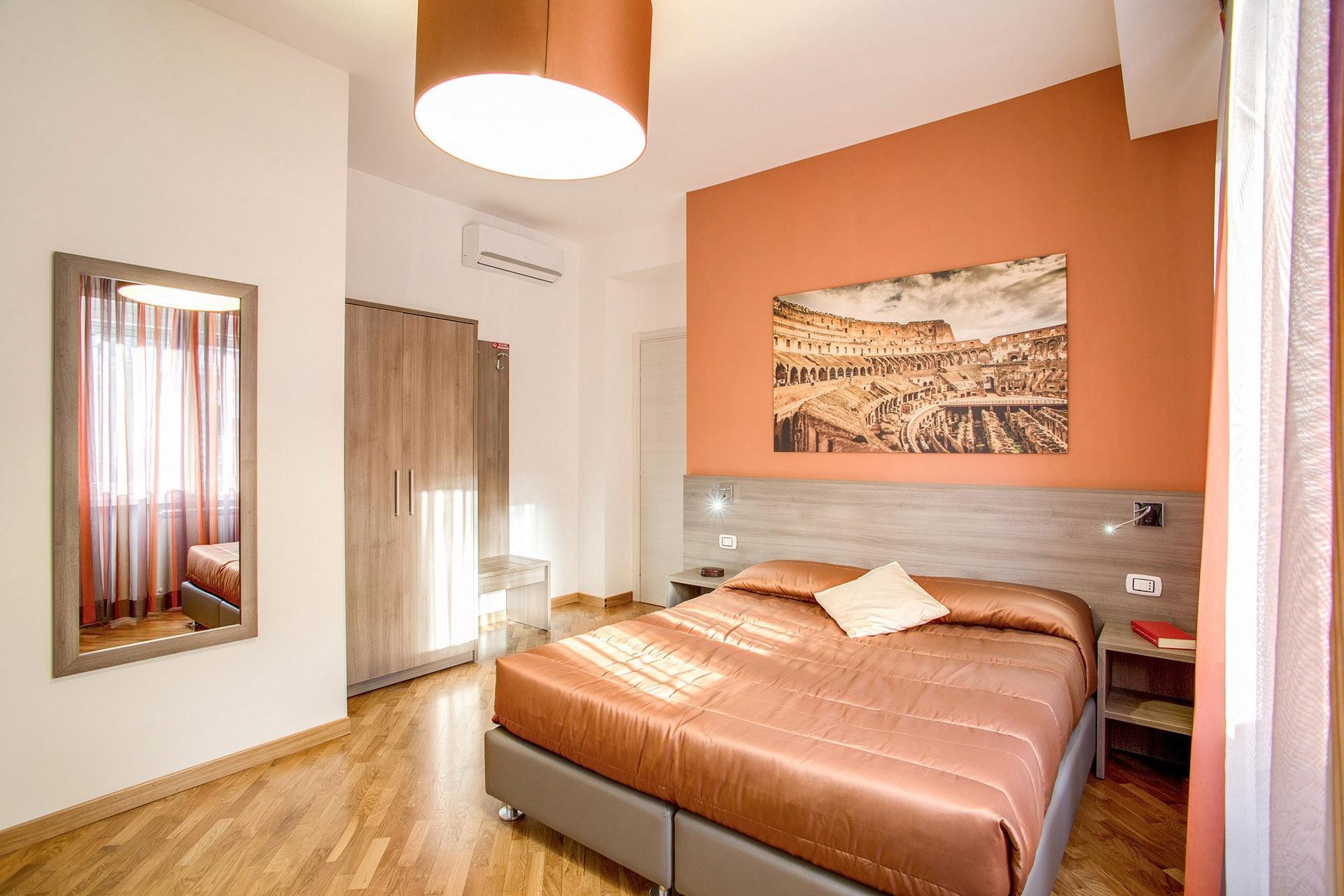 VaticanRoomsCipro   Your room in Rome